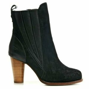 UGG 'Oliviya' Boot